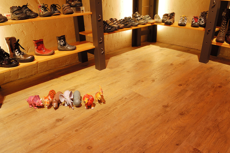 Licht eiken houten vloer bij Aad Niesten in Schagen